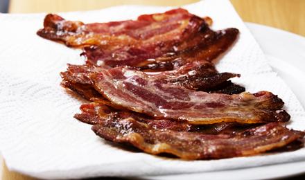 Comment réussir un bacon croustillant ?
