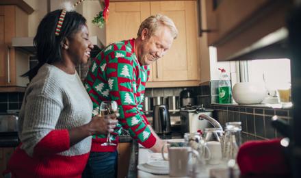 La liste de nettoyage ultime pour préparer Noël